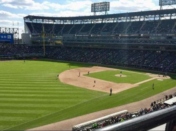 Guaranteed Rate Field, secção: 348, fila: 1, lugar: 12