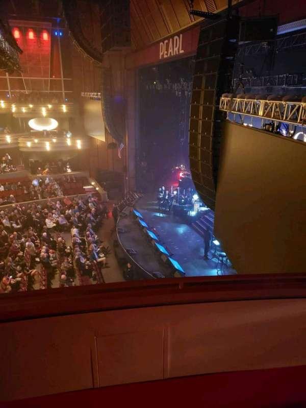 Pearl Theater, secção: Box 311, fila: C, lugar: 3