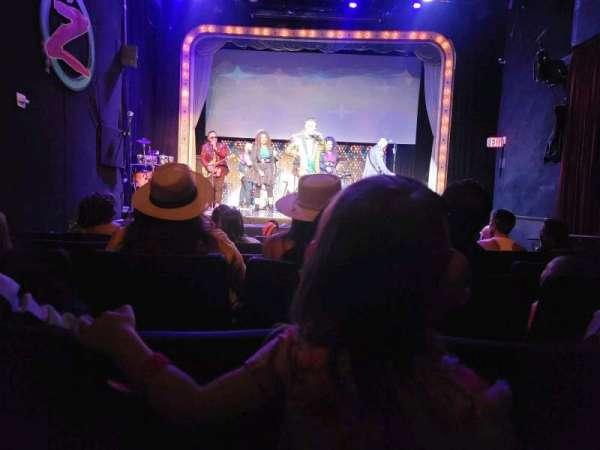 V Theater, fila: 5