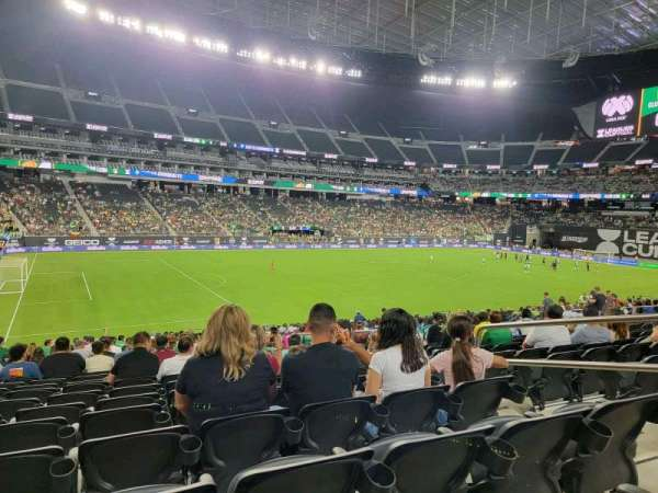 Allegiant Stadium, secção: 139, fila: 25, lugar: 5