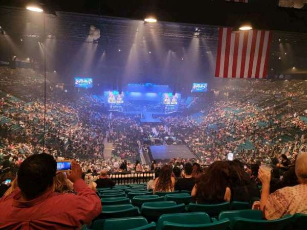 MGM Grand Garden Arena, secção: 203, fila: K, lugar: 8