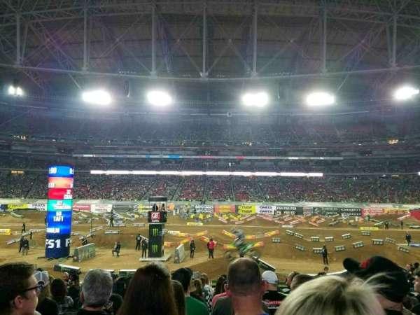 State Farm Stadium, secção: 108, fila: 16, lugar: 10