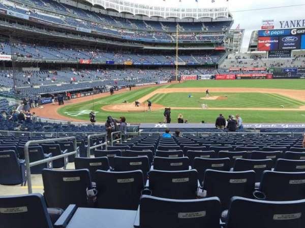 Yankee Stadium, secção: 117A, fila: 13, lugar: 9