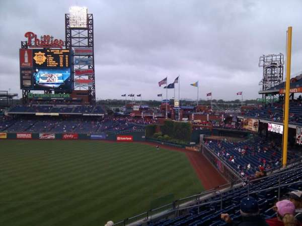 Citizens Bank Park, secção: 209, fila: 9, lugar: 14