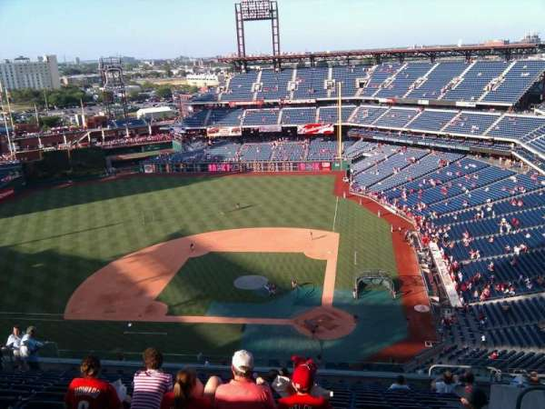 Citizens Bank Park, secção: 424, fila: 16, lugar: 7