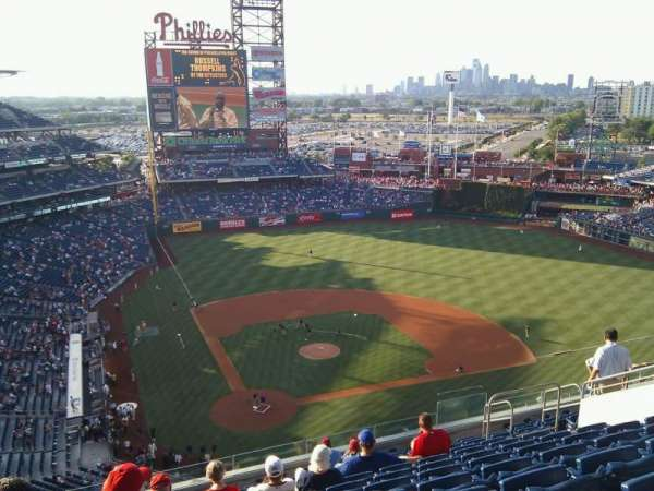 Citizens Bank Park, secção: 418, fila: 13, lugar: 14