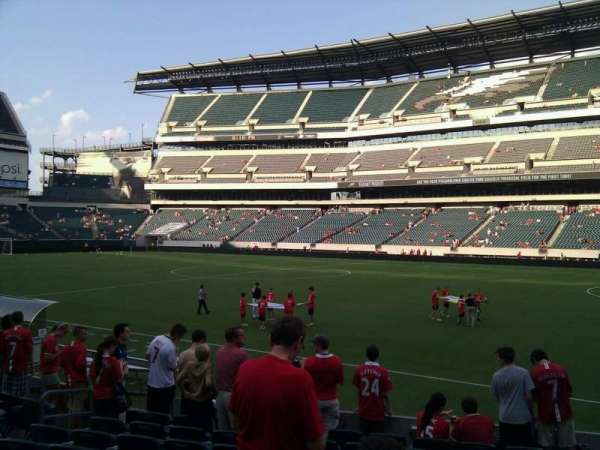 Lincoln Financial Field, secção: 104, fila: 10, lugar: 10