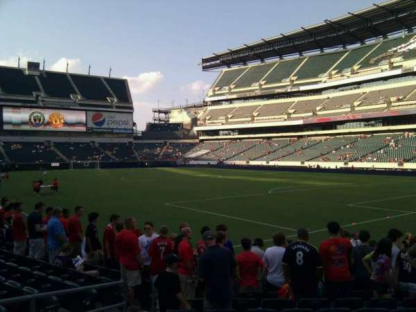 Lincoln Financial Field, secção: 107, fila: 9, lugar: 13