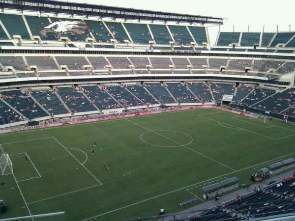 Lincoln Financial Field, secção: 240, fila: 4, lugar: 23