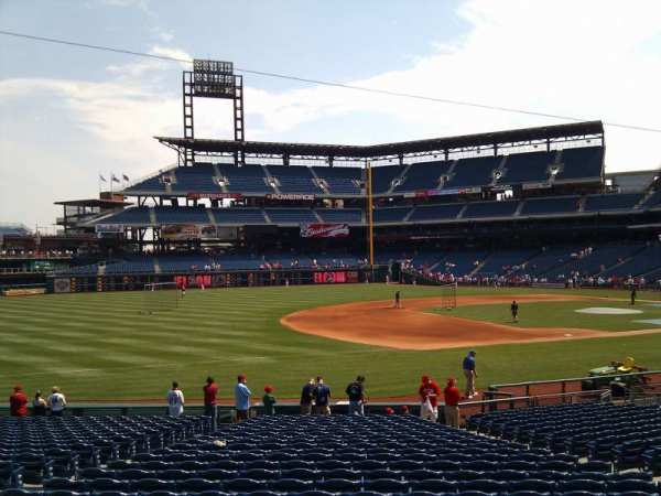 Citizens Bank Park, secção: 137, fila: 16, lugar: 12