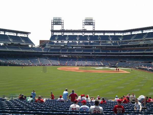 Citizens Bank Park, secção: 143, fila: 19, lugar: 9