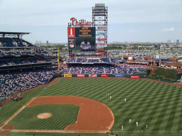 Citizens Bank Park, secção: 414, fila: 5, lugar: 16