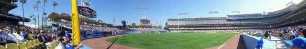 Dodger Stadium, secção: 49FD, fila: AA