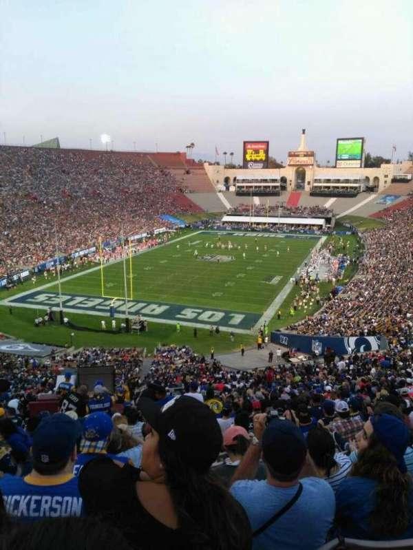 Los Angeles Memorial Coliseum, secção: 312, fila: 4, lugar: 1