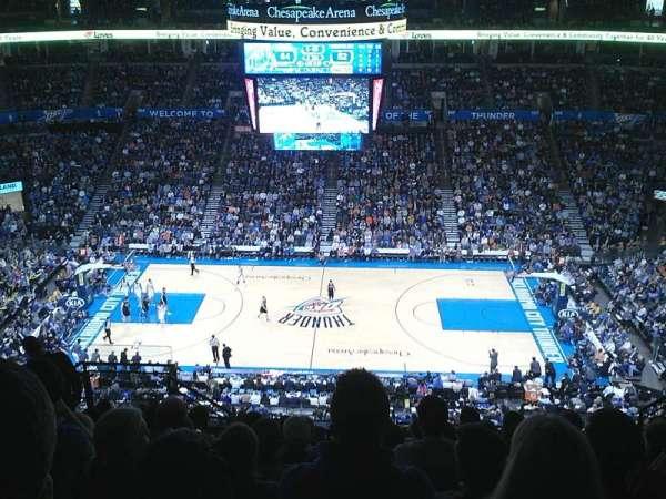 Chesapeake Energy Arena, secção: 323, fila: L, lugar: 16