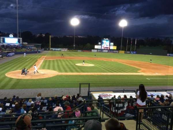 State Mutual Stadium, secção: 205, fila: 7, lugar: 13