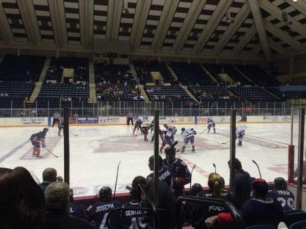 Macon Coliseum, secção: 23, fila: G, lugar: 1