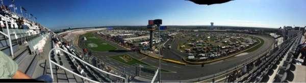 Charlotte Motor Speedway, secção: Ford UT B, fila: 51, lugar: 36