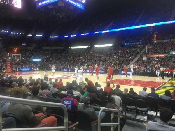 State Farm Arena, secção: 102, fila: E, lugar: 9-10