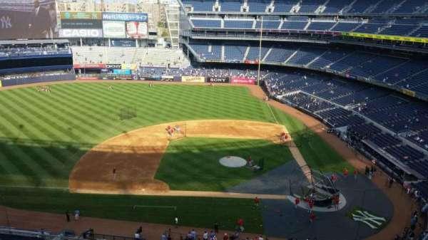 Yankee Stadium, secção: 324, fila: 7, lugar: 1
