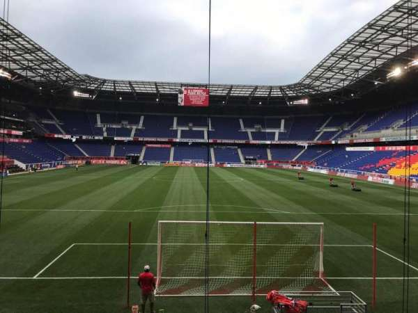Red Bull Arena (New Jersey), secção: 101, fila: 9, lugar: 21