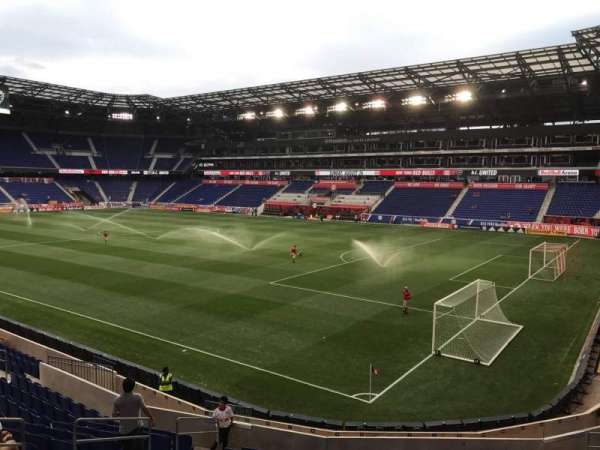 Red Bull Arena (New Jersey), secção: 122, fila: 16, lugar: 14