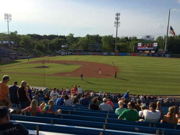 Fifth Third Ballpark, secção: 211, fila: 13, lugar: 6