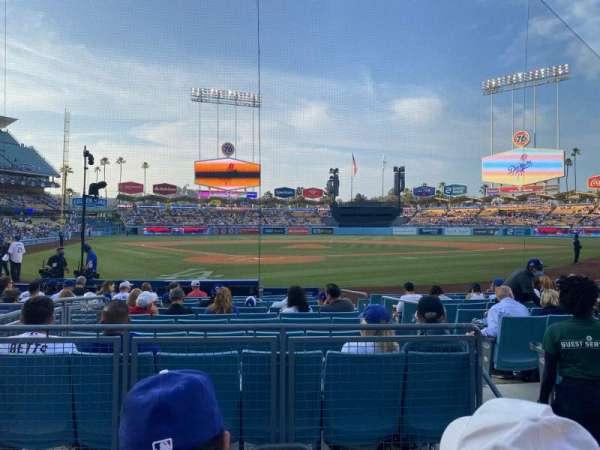 Dodger Stadium, secção: 4FD, fila: B, lugar: 5