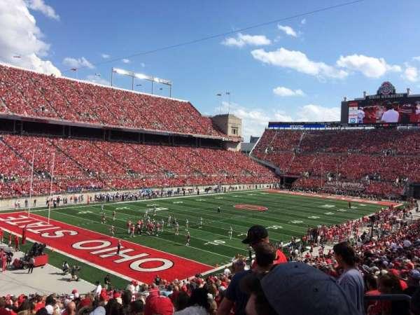 Ohio Stadium, secção: 9A, fila: 25, lugar: 17