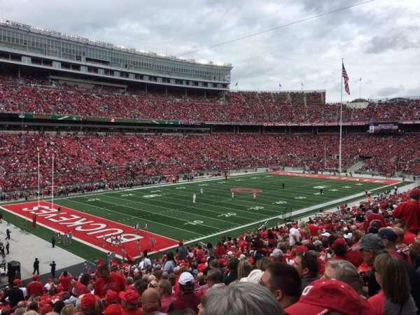 Ohio Stadium, secção: 30A, fila: 30, lugar: 22