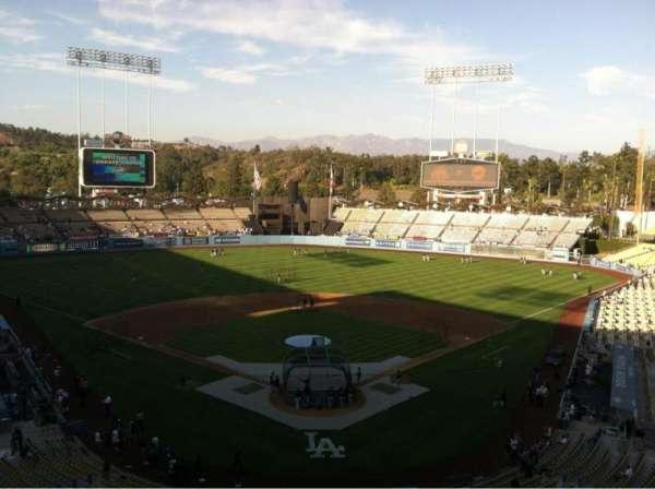 Dodger Stadium, secção: 1RS, fila: B, lugar: 17