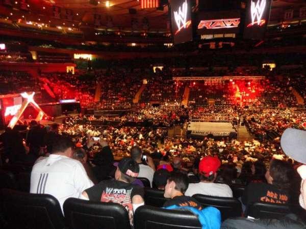 Madison Square Garden, secção: 117, fila: 17, lugar: 7