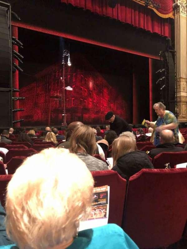 Nederlander Theatre (Chicago), secção: Orchestra L, fila: M, lugar: 15