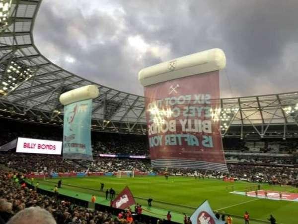 London Stadium, secção: 137 Block G, fila: 23, lugar: 225
