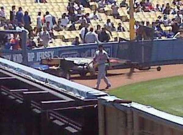 Dodger Stadium, secção: 302PL, fila: U, lugar: 9