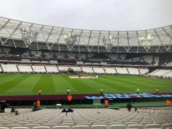 London Stadium, secção: 134, fila: 26, lugar: 301