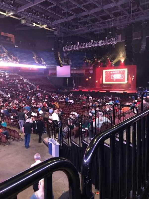 Mohegan Sun Arena, secção: 17, fila: K, lugar: 15