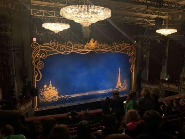 Broadhurst Theatre, secção: Mezzanine L, fila: J, lugar: 9