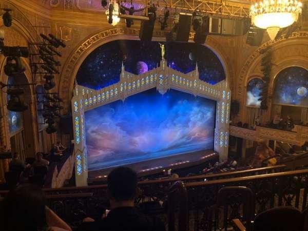 Eugene O'Neill Theatre, secção: Left Mezz, fila: H, lugar: 3