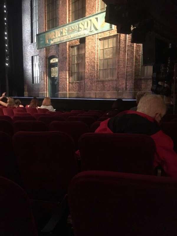 Al Hirschfeld Theatre, secção: Orchestra R, fila: H, lugar: 20