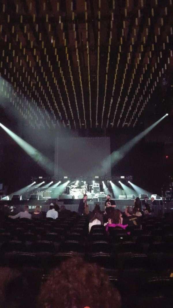 Madison Square Garden, secção: B, fila: 18, lugar: 13