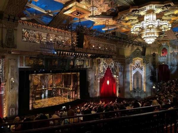 Hollywood Pantages Theatre, secção: Mezzanine L, fila: K, lugar: 19