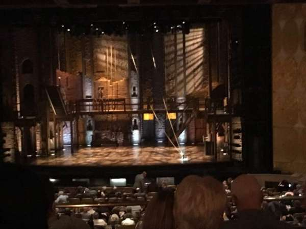 Fisher Theatre, secção: MZCTR, fila: D, lugar: 100