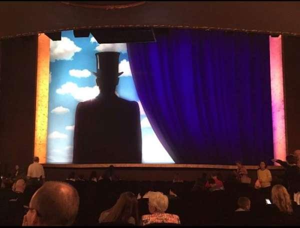 Lunt-Fontanne Theatre, secção: Orchestra C, fila: T , lugar: 109