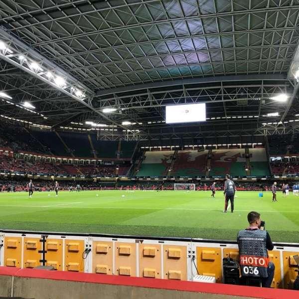 Principality Stadium, secção: L18, fila: 5, lugar: 13