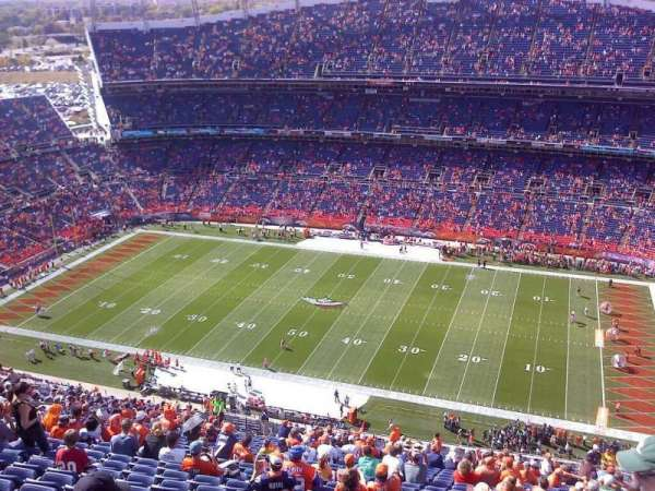 Broncos Stadium at Mile High, secção: 531, fila: 41, lugar: 2