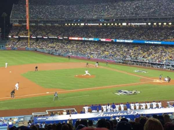 Dodger Stadium, secção: 137lg, fila: P, lugar: 8