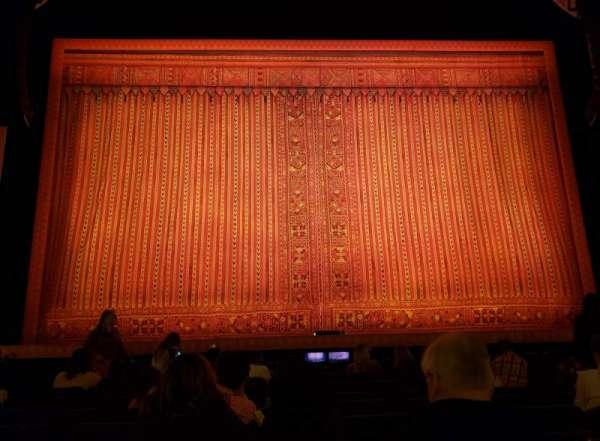 Hippodrome Theatre, secção: Center Orchestra, fila: J, lugar: 107