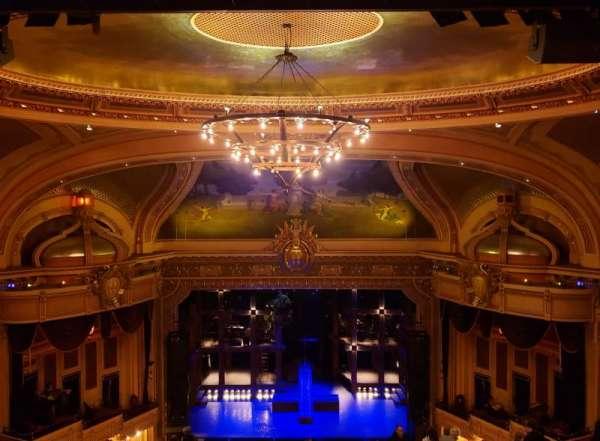 Hippodrome Theatre, secção: Center Upper Balcony, fila: Q, lugar: 309-310