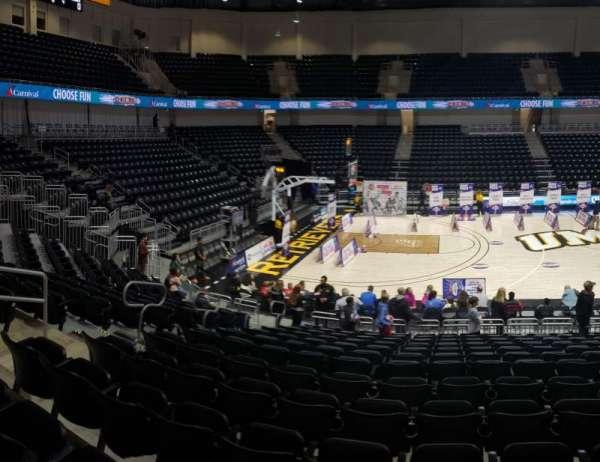 UMBC Event Center, secção: 106, fila: M , lugar: 14